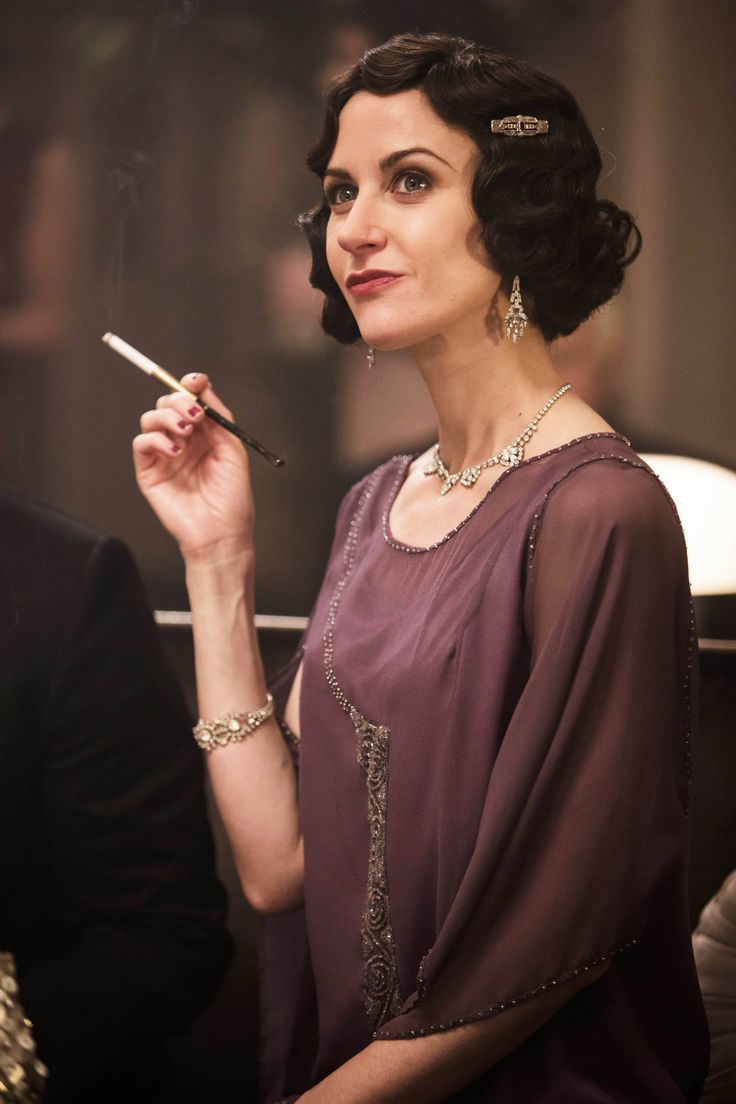 Mae Rennard - Katherine Kelly in Mr Selfridge Season 4, set in 1928 (TV series).