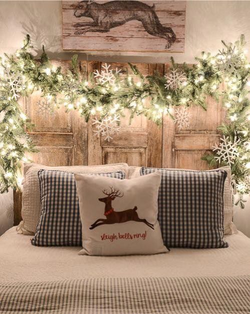 Contemporary christmas decorations. Country Girl At Heart - Biografa