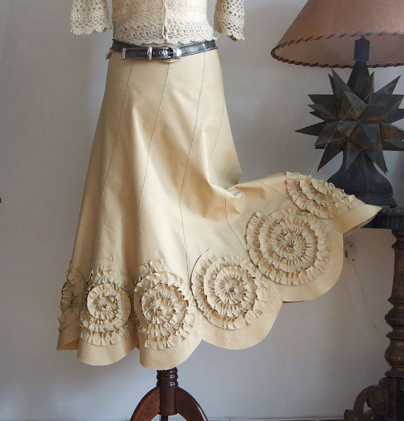 Falda con rosetas en la mostaza amarilla falda de novia por couvert