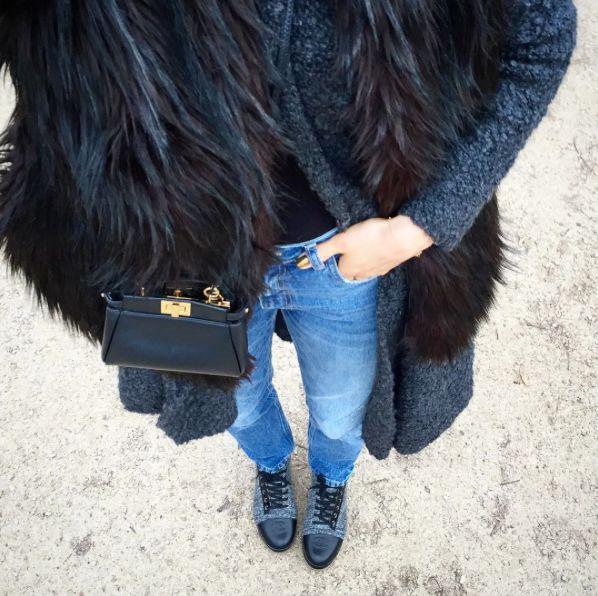 street style bynamesakke faux fur vest