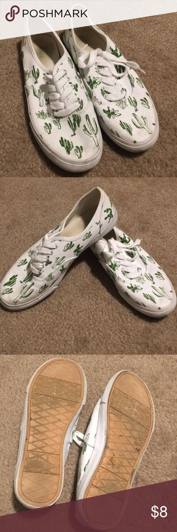 Cactus Print Sneakers Forever 21 worn but still super cute and clean! Forever 21 Shoes Sneakers