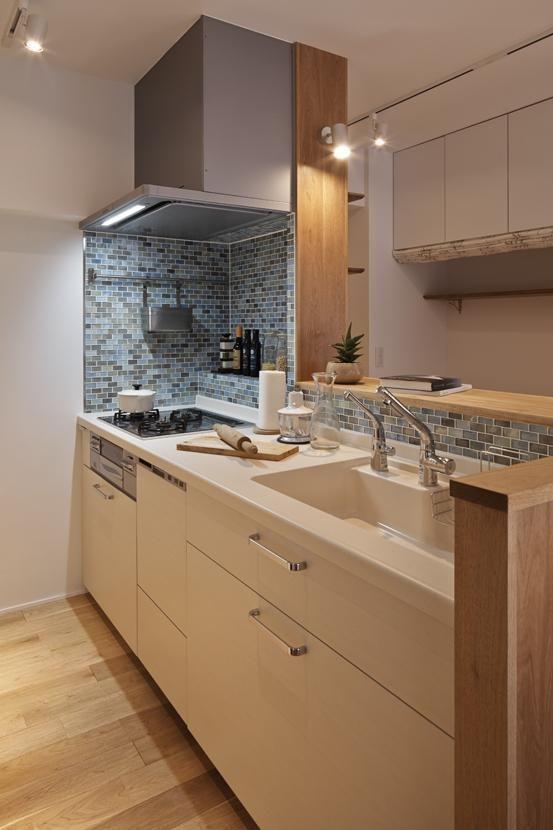 専門家:SpaceClip一級建築士事務所が手掛けた、キッチン1(Kitashirakawa Apartment)の詳細ページ。新築戸建、リフォーム、リノベーションの事例多数、SUVACO(スバコ)