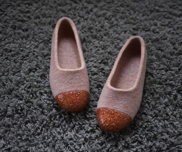 Slippers – Felted Slippers for Women, Old Rose, Pink Sand, – a unique product by musiu-muse on DaWanda