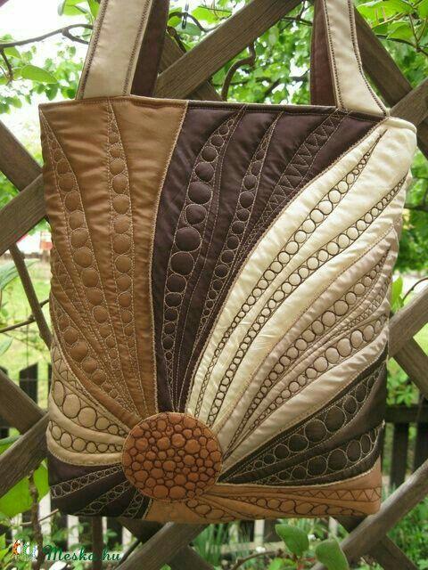 geraumiges copyright palettenmobel com liste bild der fceaaccfbcbedbdee quilted bag patchwork bags