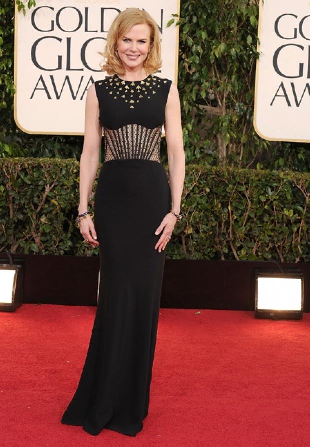 Nicole Kidman opte pour le chic d'une silhouette rétro Alexander McQueen