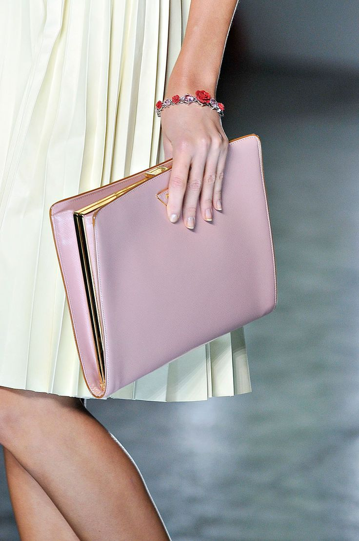 Prada Spring 2012 rtw #clutch #blush #pink