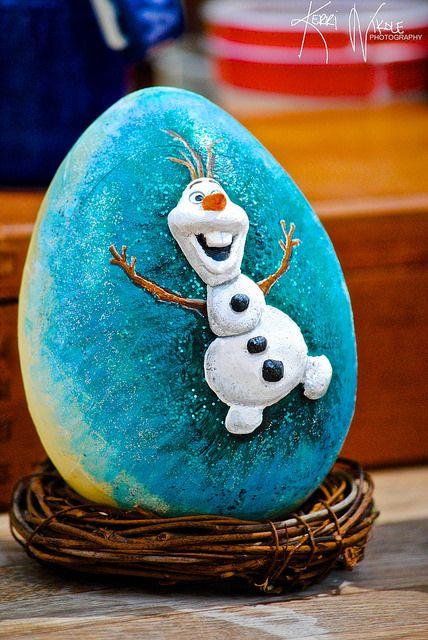 25 Unique Frozen Painting Ideas On Pinterest Disney