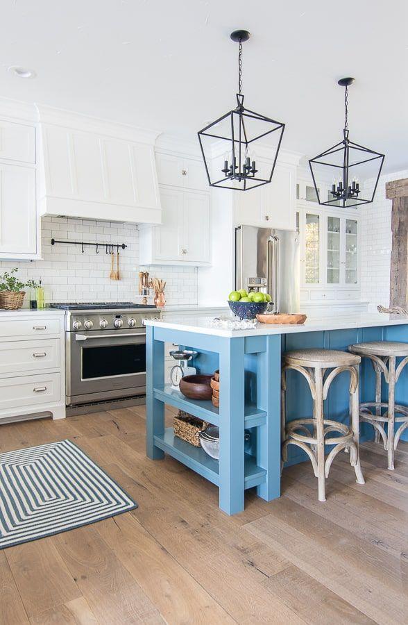 10 Beautiful White Kitchens Home Kitchens Interior Design