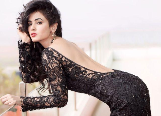 Sonal Chauhan Latest HQ Photoshoot Images   Bollywoodaajtak ...