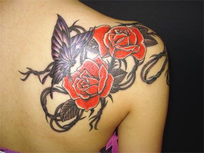 roses with barbed wire tattoos | reiko tattoo: today's work / Rose, Barbed wire & Butterfly, Mexican ...