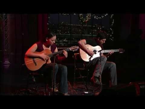 "Rodrigo Y Gabriela playing live ""Diablo Rojo"" on David Latterman show. Check http://www.veojam.com for more Rodrigo Y Gabriela videos."