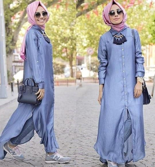 long cardigan with buttons.Hulya Aslan hijab fashion looks http://www.justtrendygirls.com/hulya-aslan-hijab-fashion-looks/