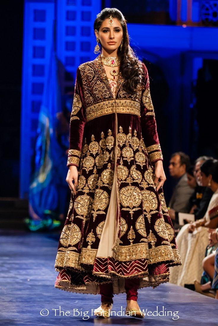 Actress Nargis Fakhri in JJ Valaya anarkali | JJ Valaya Indian Bridal Couture Week Fashion