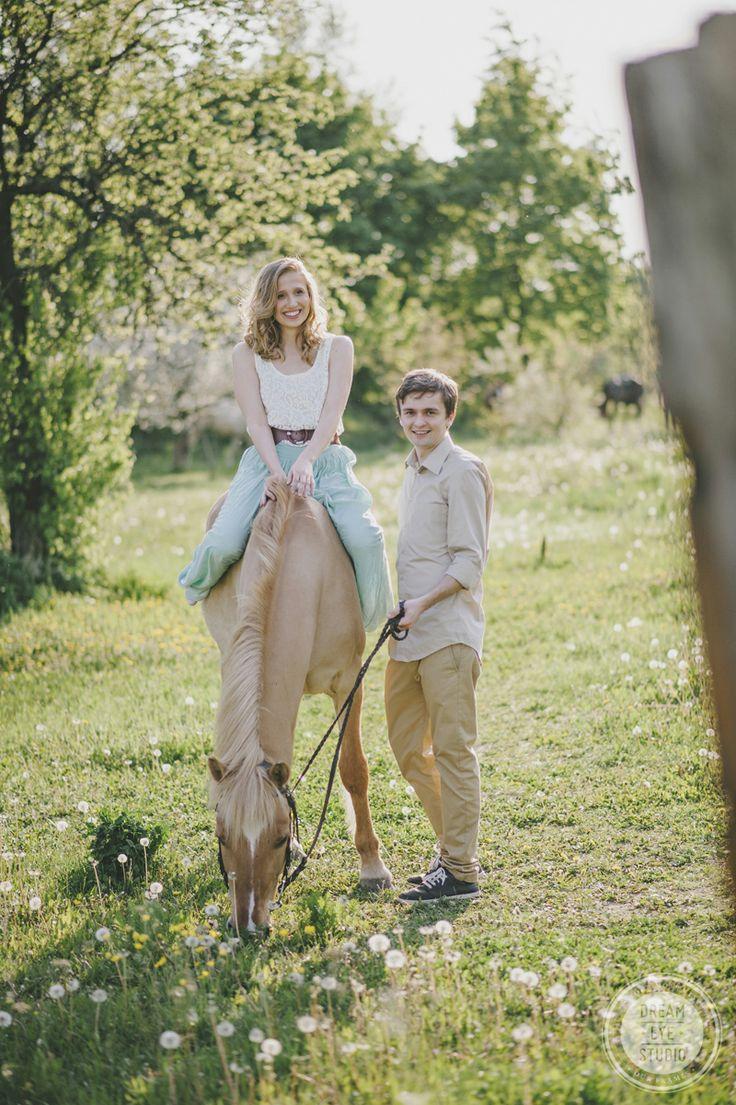http://dreameyestudio.pl/ #dreameyestudio #horse #digitalcamera #love #engagementsession #nature