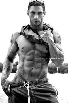 Derron Mclaury Fitness Model & Pro Bodybuilder © Luis Rafael Yea i got so far to go, Dammit - You Are So Close - Tighten Up For Summer WebMuscleFitness.com