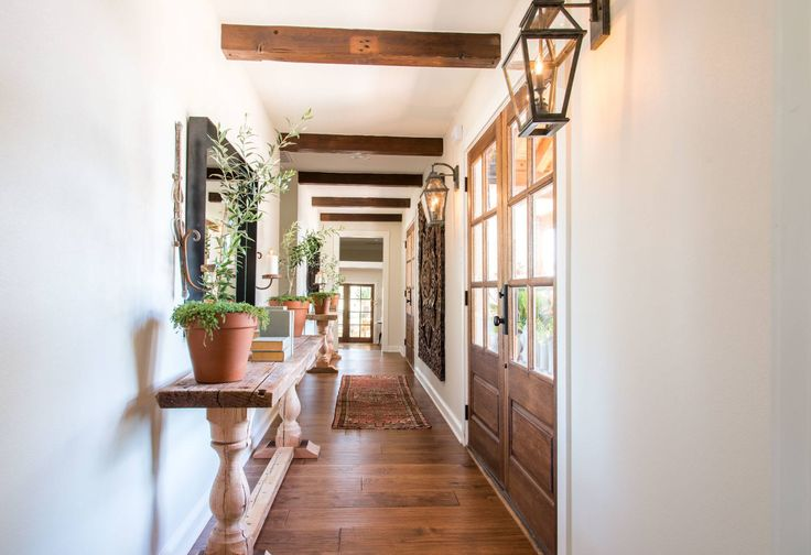 1482 best images about fixer upper joanna chip gaines for Is clint harp still on fixer upper