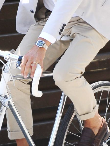 Fashion on wheels. I can still remember wearing this watch branded Seiko in the 80's. now its coming back. I wish i still have mine though lol