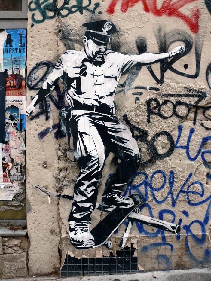 Les pentes de la Croix-Rousse, Lyon... #streetart #graffiti #street art