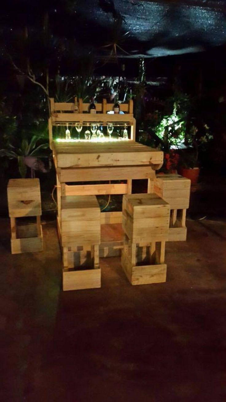 die besten 25 ideen zu wooden pallet furniture auf pinterest, Gartengerate ideen