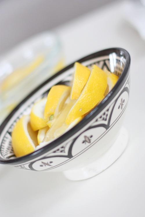 Lemons for the tea with tinekhome.