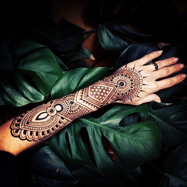 henna desing by @anoushka_irukandji indian art