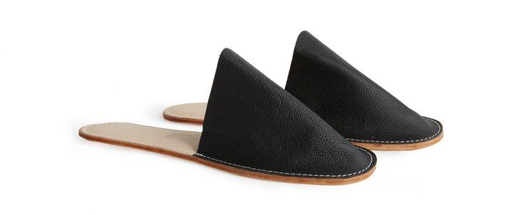 Women's Slide-On Leather Slippers (Black) - Kaufmann Mercantile