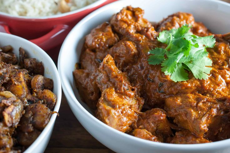 Kerala Chicken Curry with Coconut Milk: Chicken curry with semi thick gravy well flavored with spices and coconut milk. It's an easy and delicious nadan kozhi curry recipe.