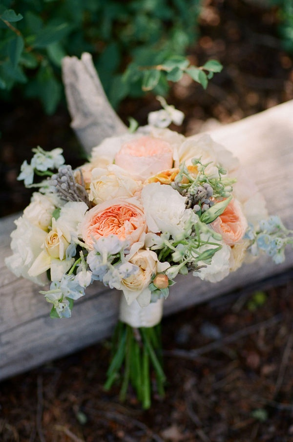 jackson hole wedding by carrie patterson photography garden rose bouquethydrangea