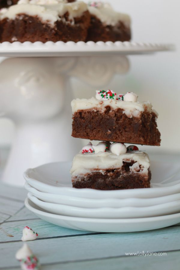 Easy peppermint brownies recipe, so yummy and quick to make! Perfect Christmas dessert idea or neighbor gift!