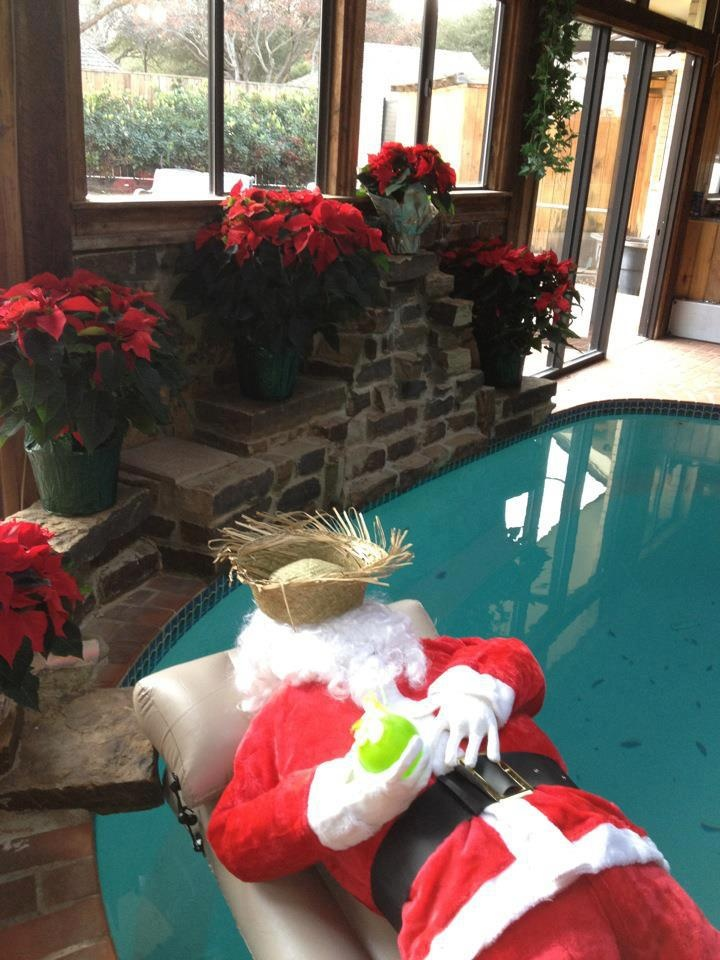 Holiday Pool Decorating Santa Kickin S Back Holiday Decorideas Pool Holiday Poolside Decor