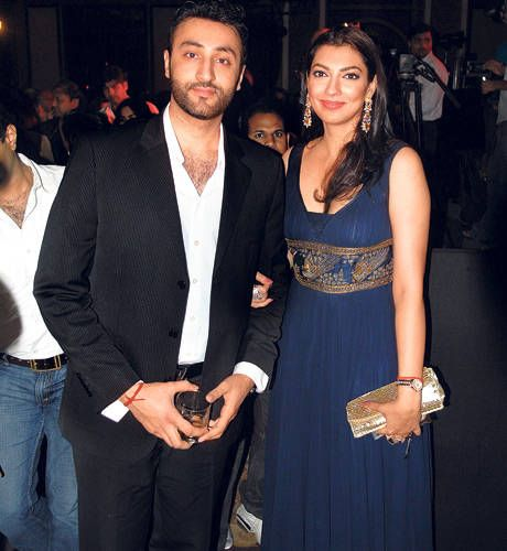 Is Yukta Mookhey another victim of domestic violence?