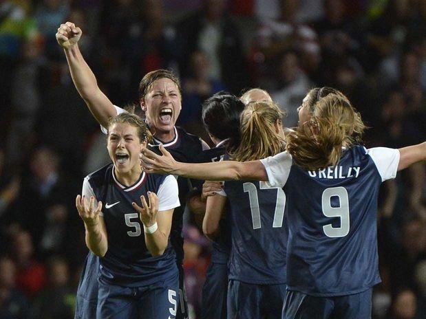 Em um jogo dramático, decidido na prorrogação, os Estados Unidos venceram, nesta segunda-feira, o Canadá por 4 a 3, pelas semifinais do torneio feminino de futebol dos Jogos Olímpicos de Londres  Foto: Ricardo Matsukawa/Terra