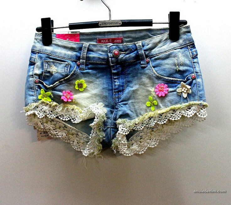 Standard wash, Cotton flowers embed, Printed pocket, Lace, Hot shorts