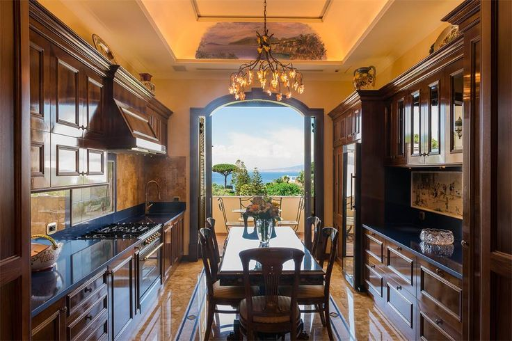Spectacular apartment in the center of Sorrento  Naples, Italy – Luxury Home For Sale
