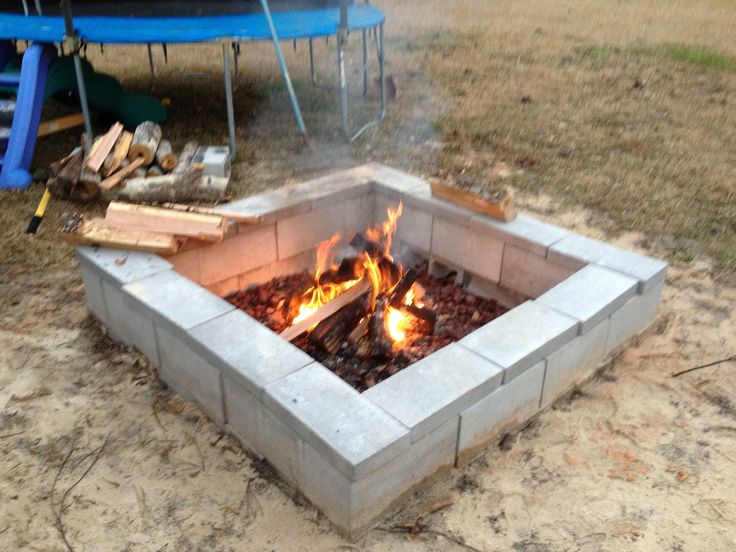 Cinder block fire pit fire pit pinterest fire pits for Cinder block fire pit