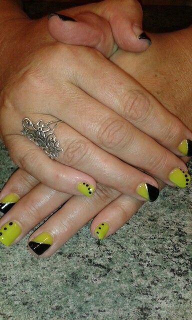 #BLACK AND YELLOW#