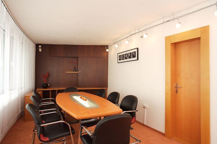 Zasedací místnost k meetingům a jednáním.