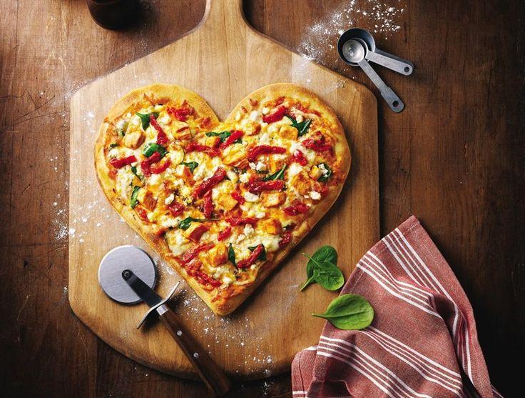 Happy Valentine's Day από τα Εκλεκτά Αλλαντικά Παντέρη!