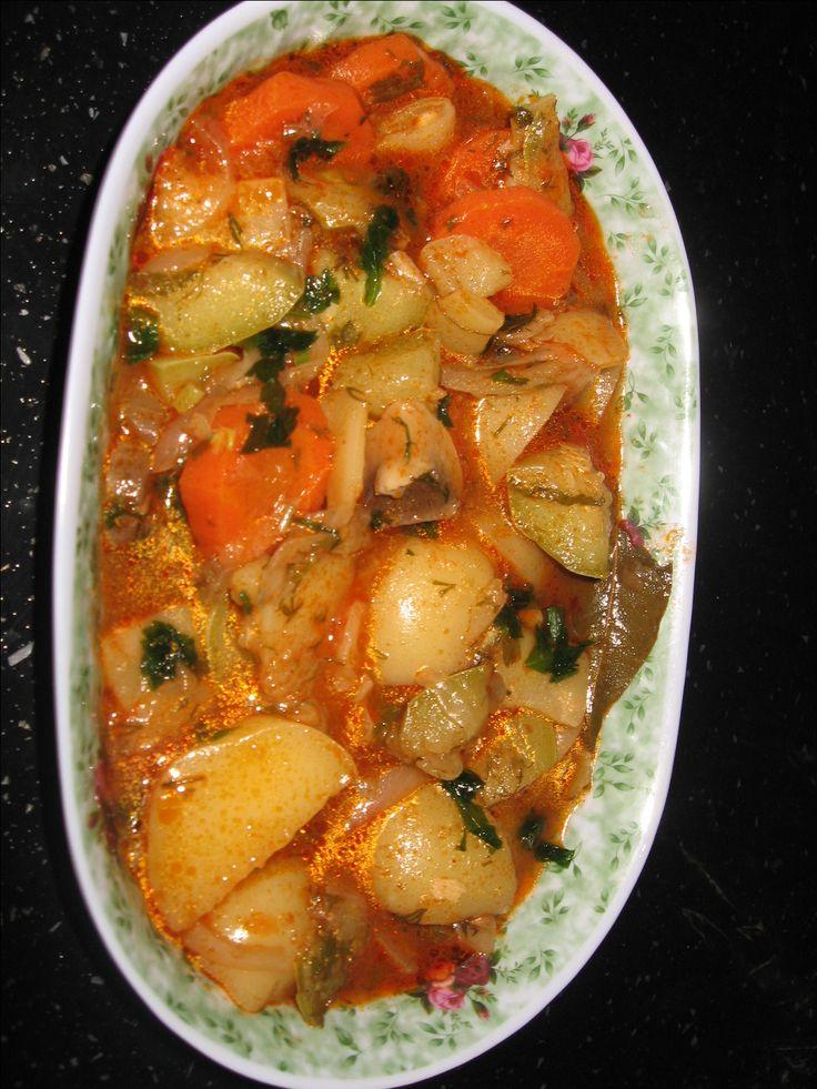 Reteta culinara Ghiveci de legume din categoria Mancaruri de post. Cum sa faci Ghiveci de legume