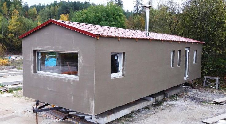 Další námi celoročně zateplený mobilní dům k trvalému bydlení připravený na cestu ke svému majiteli. Finální fasáda bude na mobilheimu natažena na místě po uložení. Více informací o tom, jak zeteplujeme mobilní domy naleznete na http://www.mobilnidum.eu/mobilni-domy-celorocni