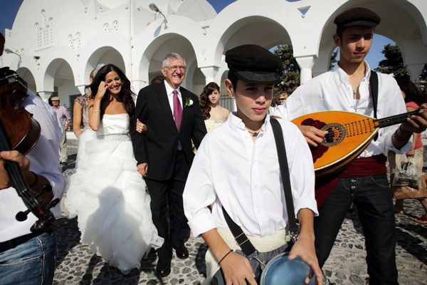 http://www.love4wed.com/santorini-wedding-fairytale/ #TraditionalWeddingGreece #santoriniweddings