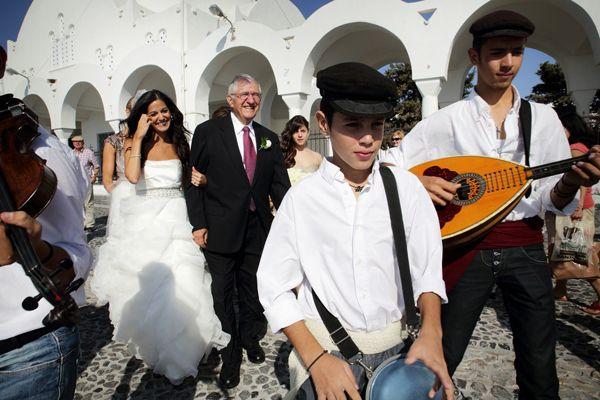 http://www.love4wed.com/santorini-wedding-fairytale/ #TraditionalWeddingGreece #santoriniweddings