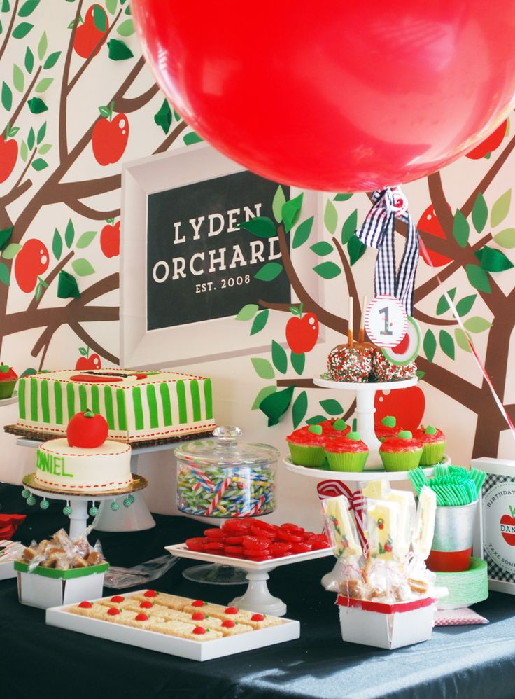 Christmas 1st Birthday Party Ideas Part - 35: Apple Of Our Eye Themed Outdoor Fall Birthday Party By WH Hostess