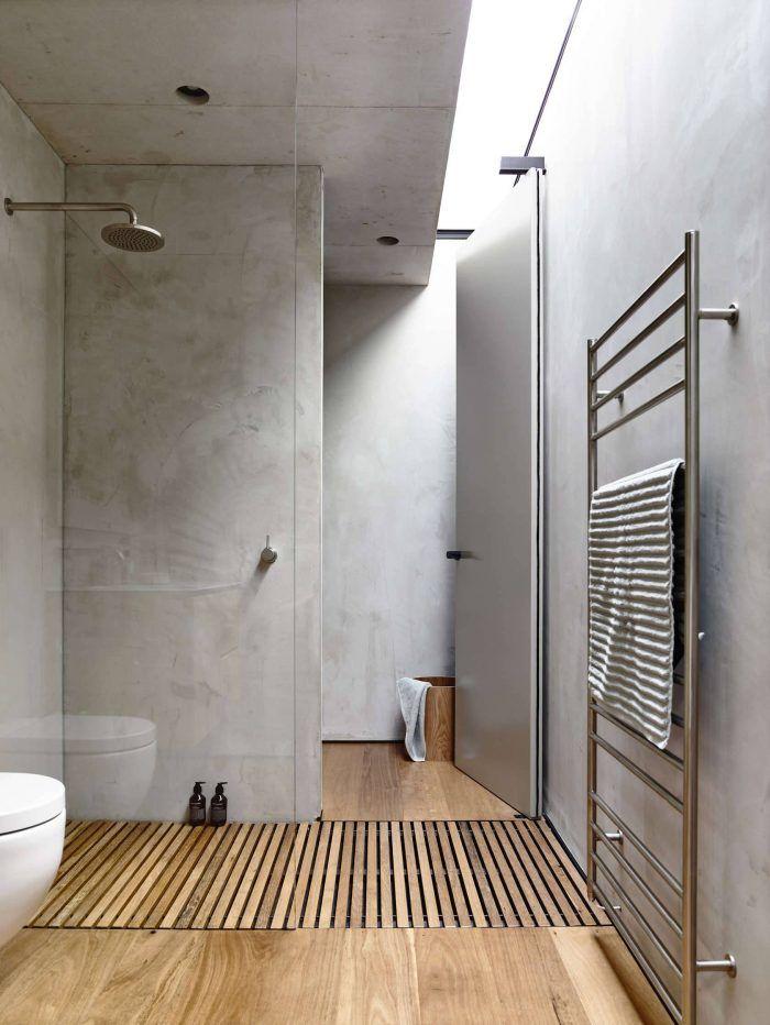 WEISS·CREATIV — Wood floor shower inspiration