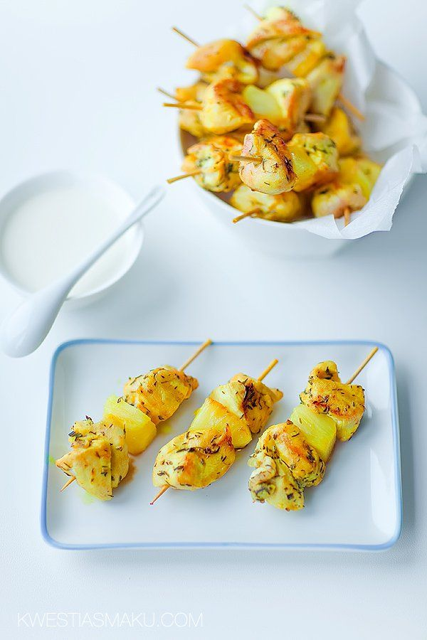 Szaszłyki ze świeżego ananasa i kurczaka