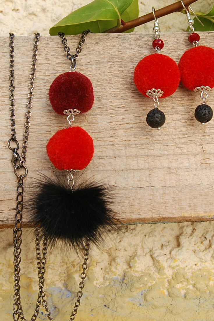 Winter Jewelry Red Earrings Necklace Set Pom Pom Earrings Winter Neklace Christmas Outfit Winter Outfit Holiday Gifts Women Fur Pom Pom Necklace