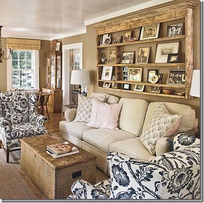shelvingWall Colors, Vintage Plates, Living Rooms, Decor Ideas, Livingroom, Plates Racks, Wall Shelves, Photos Display, Cottages Living Room