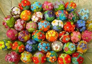 Diane Woodall's generous crop of beads for Beads of Courage!
