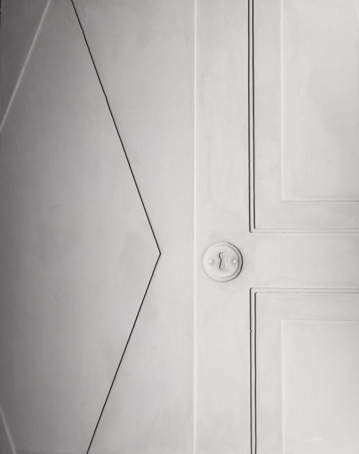 Memory of a door by Nicolai Vittrup. Relief of door made in plaster.