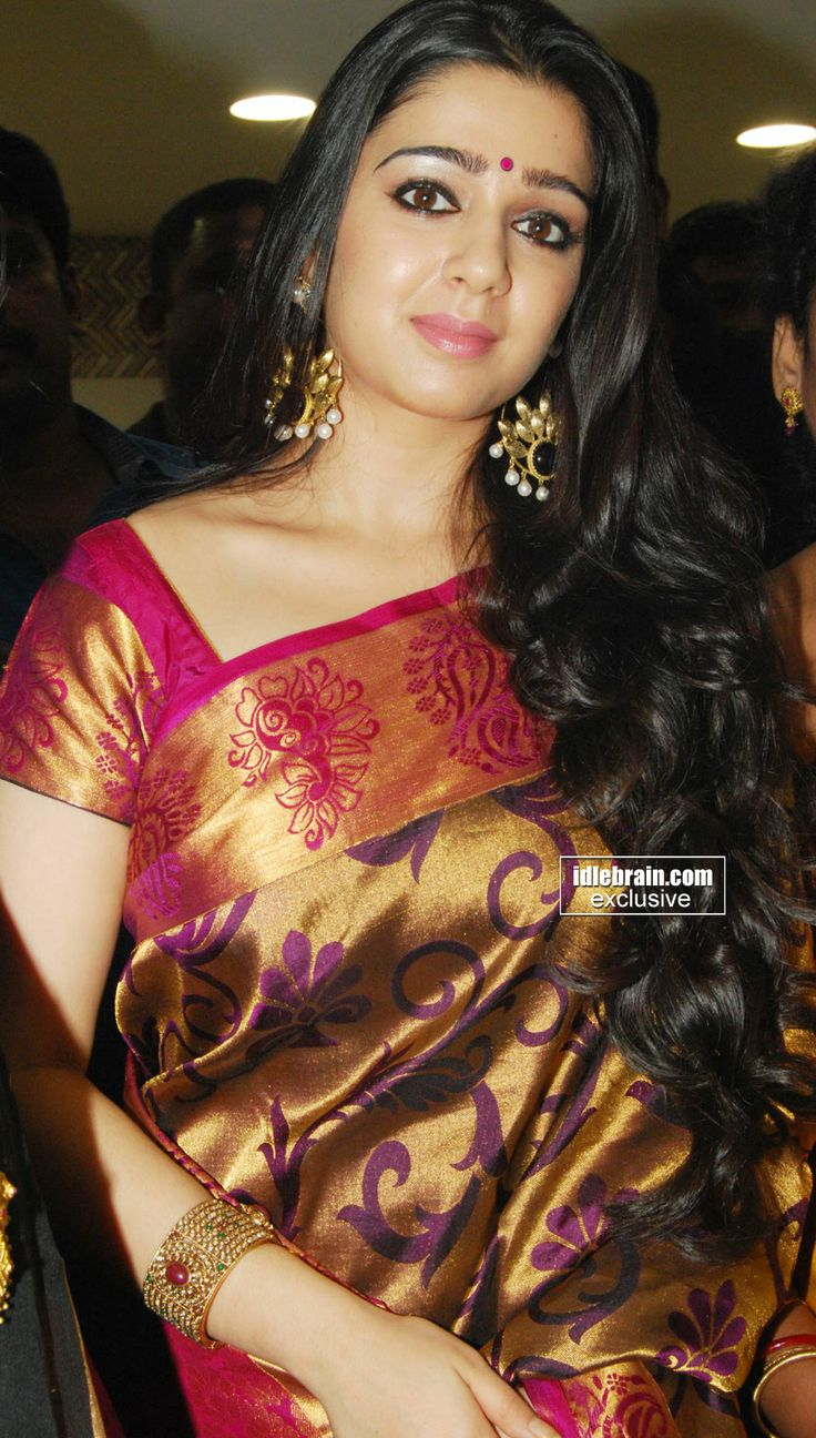 beautiful traditional south indian saree